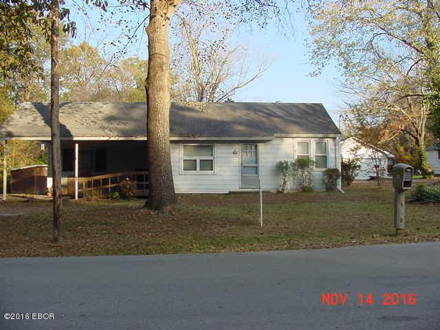 721 N Mckinley, Carbondale, IL 62901