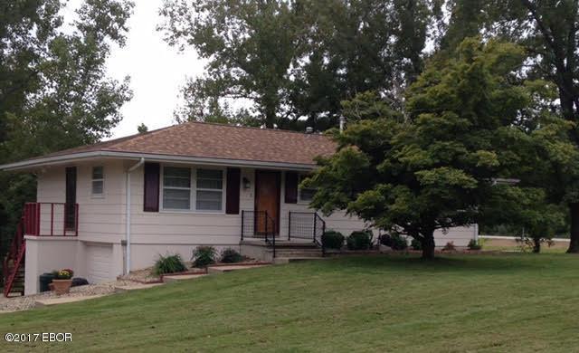 223 Robbin Rd., Carbondale, IL 62901