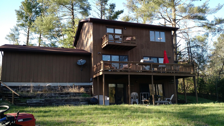 64 Southmoor, Carbondale, IL 62903