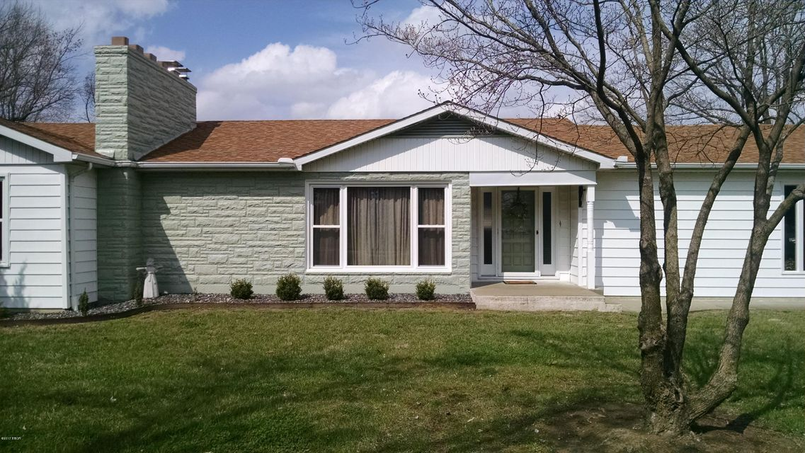 47 Old Brick Rd., Murphysboro, IL 62966