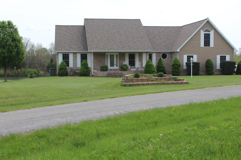 20791 Misty Waters Point, Pittsburg, IL 62974