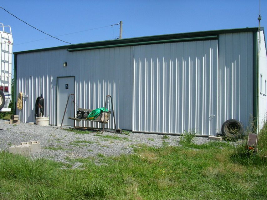 MLS#:414821 Address:  2045 Central Hill Rd Grantsburg 62943