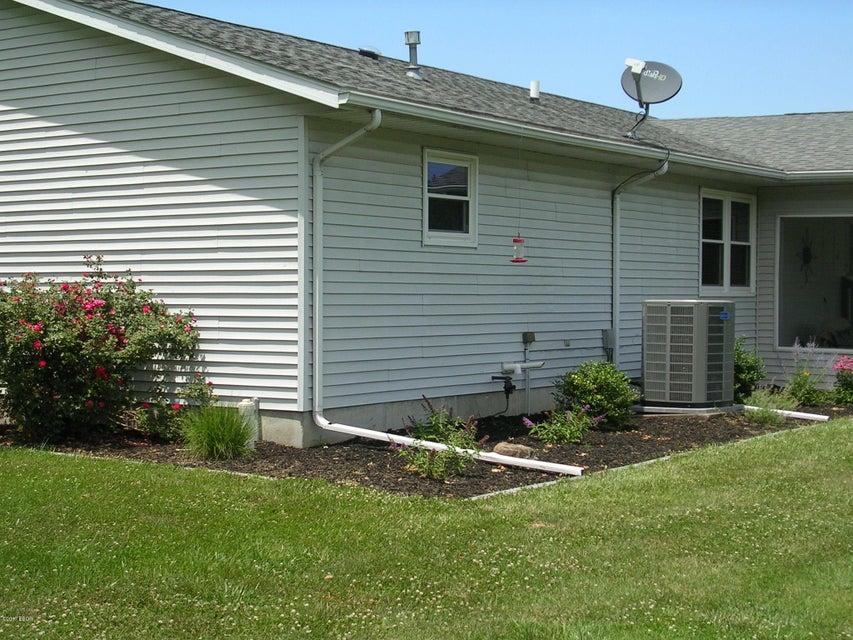 MLS#:414252 Address:  16416 Collins Road Johnston City 62951