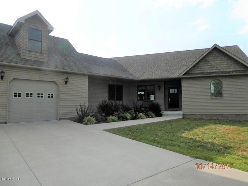 MLS#:414194 Address:  1800 Eagle Marion 62959