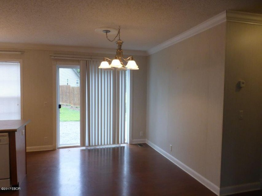 MLS#:415246 Address:  11732 Pinewood Marion 62959
