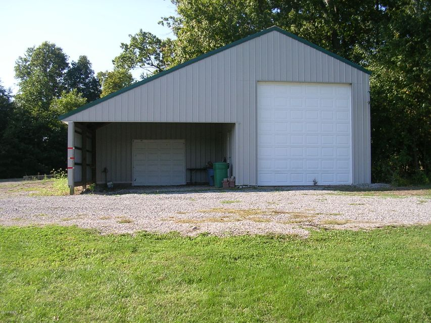 MLS#:414252 Address:  16416 Collins Road Johnston City 62951
