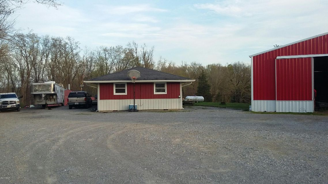 MLS#:418057 Address:  120 Belville New Burnside 62967