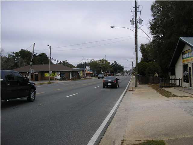 595 Ferdon Boulevard