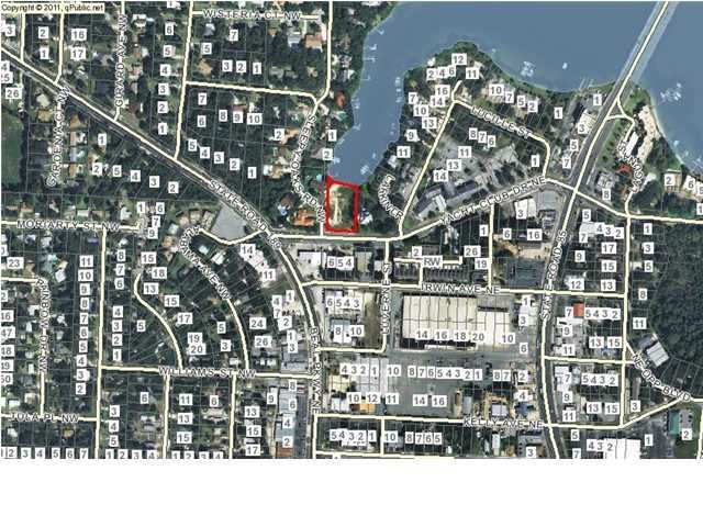 6 Yacht Club Drive, Fort Walton Beach, FL 32548