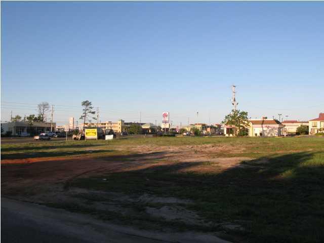 8710 Navarre Parkway