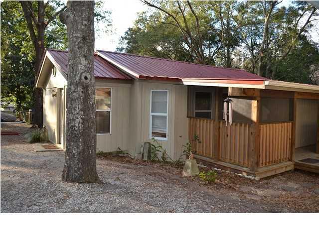 616 Cypress Drive, Niceville, FL 32578