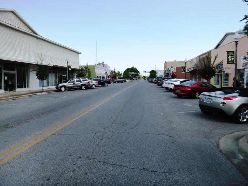 172 E Woodruff Avenue
