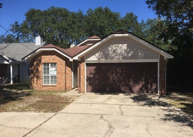 Photo of home for sale at 210 Bob Sikes, Fort Walton Beach FL