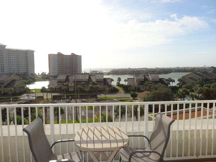 Photo of home for sale at 122 Seascape, Miramar Beach FL