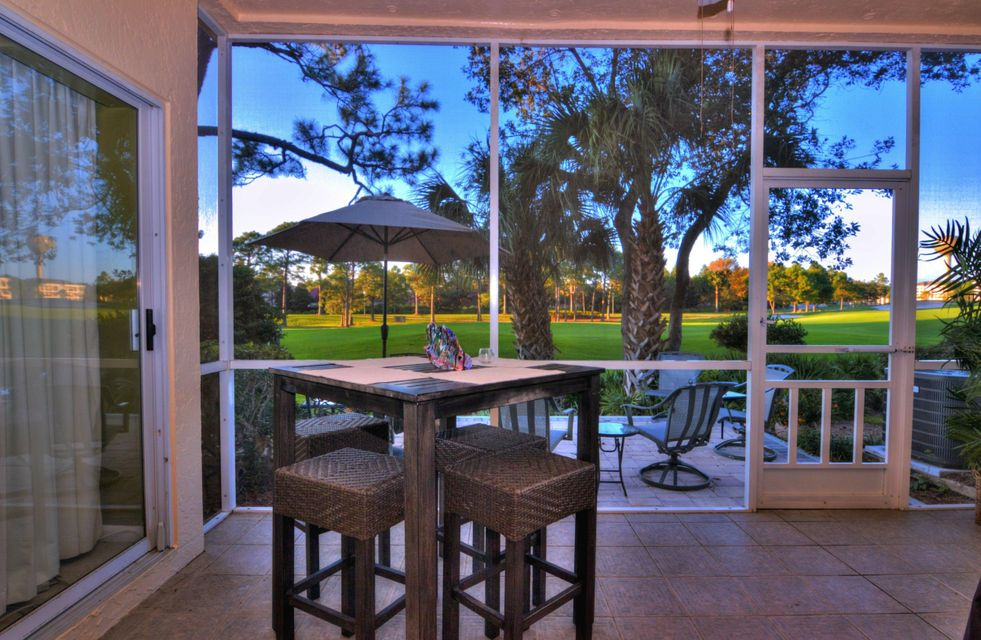 Photo of home for sale at 5238 Tivoli, Miramar Beach FL