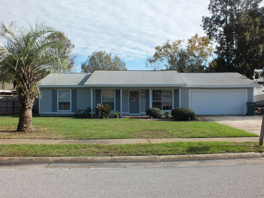 Photo of home for sale at 382 Echo, Fort Walton Beach FL
