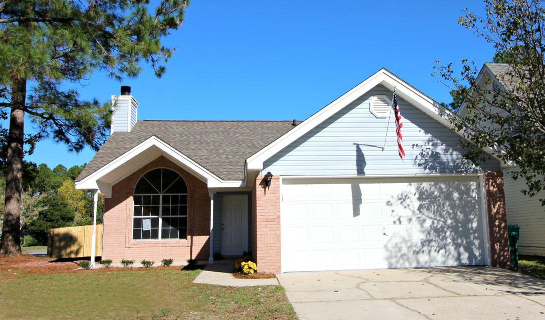 Photo of home for sale at 1701 Colonial, Fort Walton Beach FL