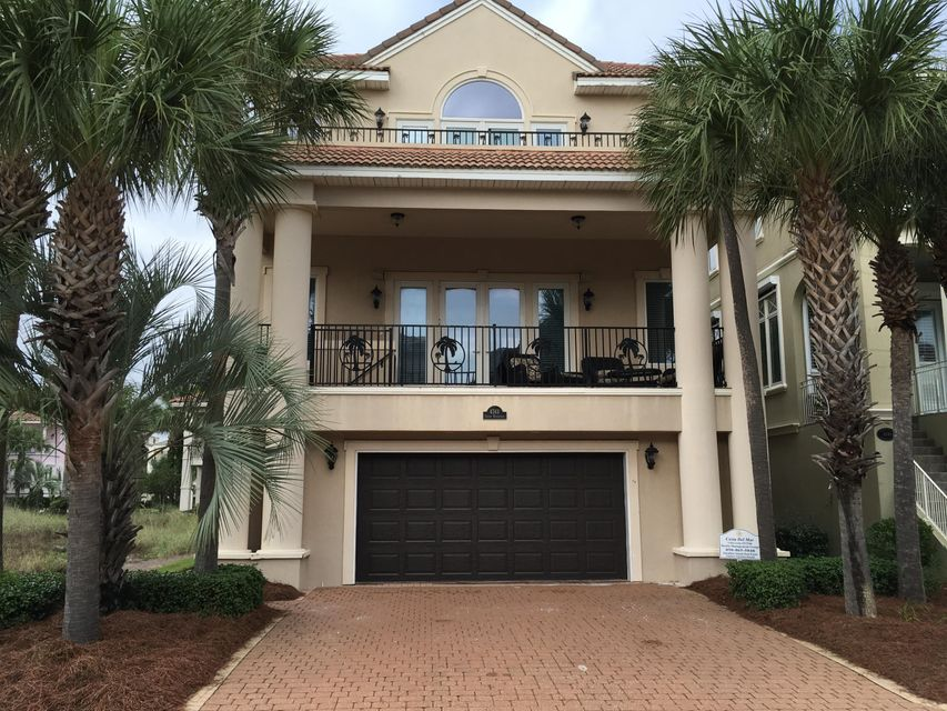 Photo of home for sale at 4743 Ocean, Destin FL