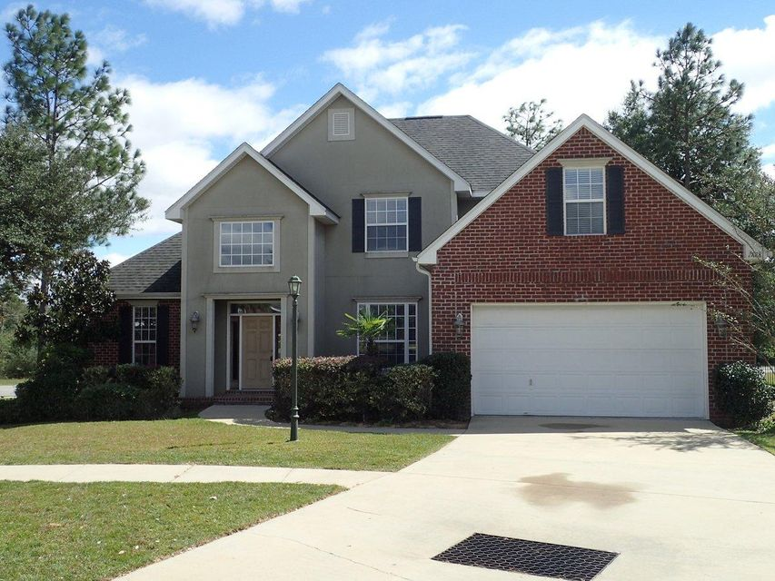 Photo of home for sale at 2888 Chanterelle, Crestview FL