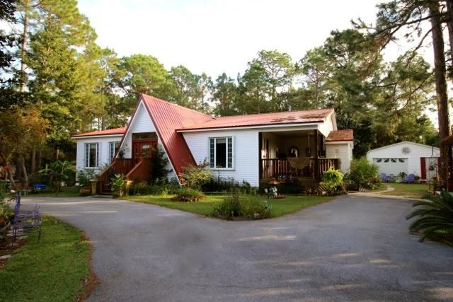 Photo of home for sale at 204 Loral, Santa Rosa Beach FL