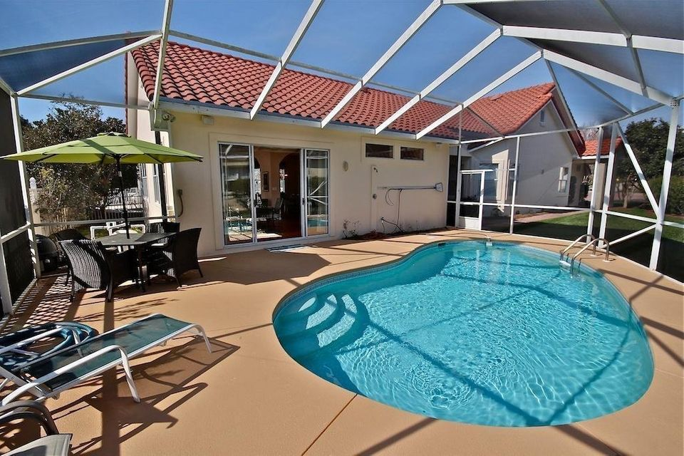 Photo of home for sale at 81 Sierra Dunes, Miramar Beach FL
