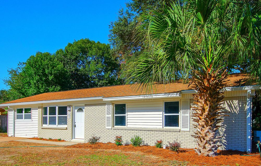 Photo of home for sale at 107 Leila, Fort Walton Beach FL