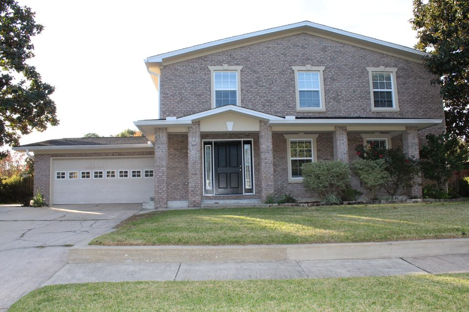 Photo of home for sale at 5 Bedford, Fort Walton Beach FL
