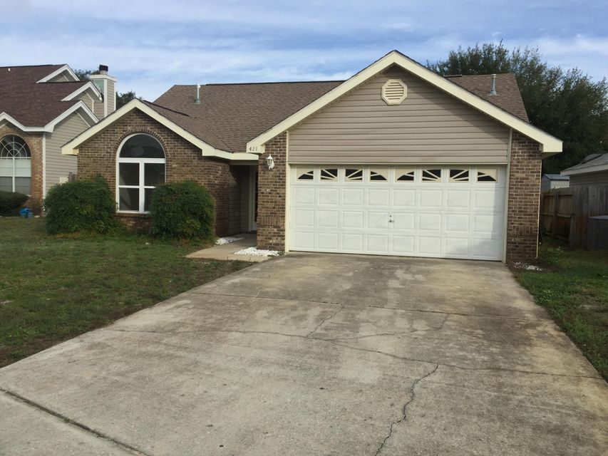 Photo of home for sale at 421 Bristol Cove, Mary Esther FL