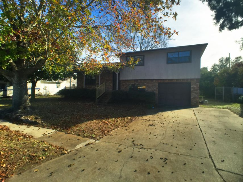Photo of home for sale at 1221 Quail Ridge, Destin FL