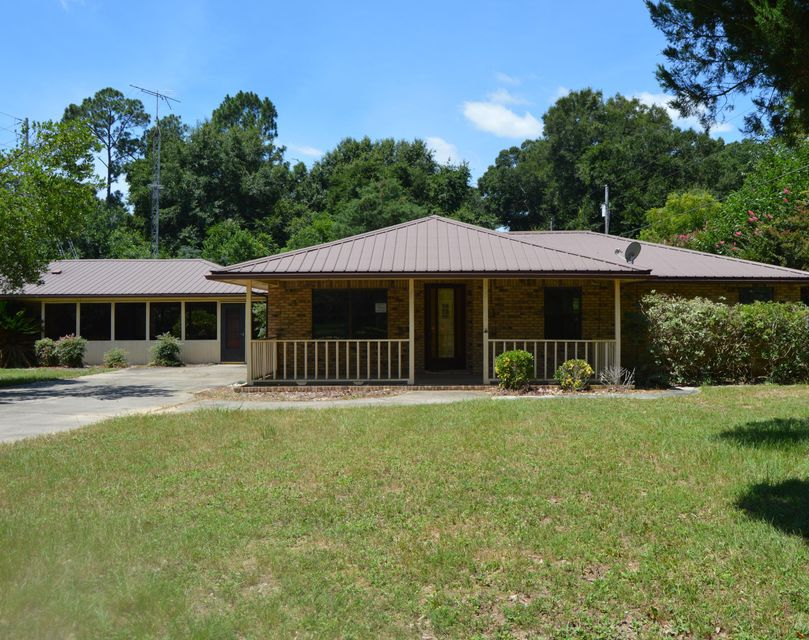 Photo of home for sale at 4614 Johnson, Holt FL