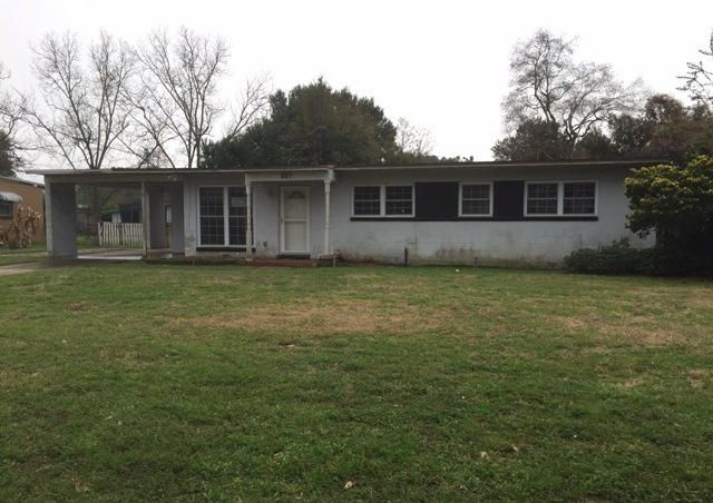 Photo of home for sale at 351 Emory, Pensacola FL