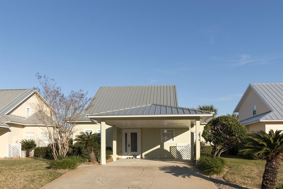 Photo of home for sale at 114 Mainsail, Miramar Beach FL