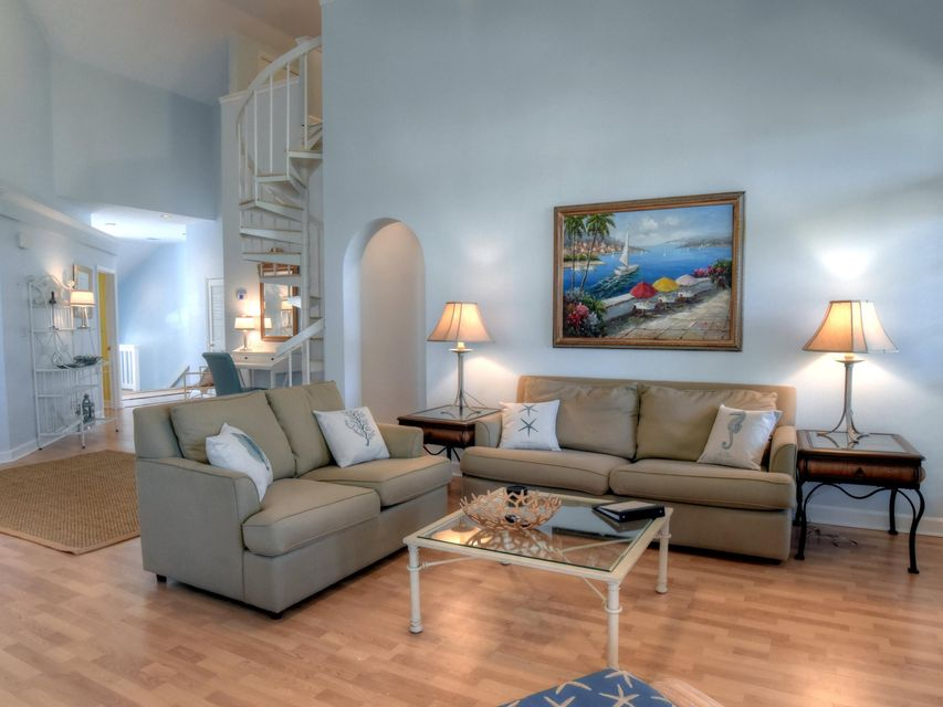 A 4 Bedroom 3 Bedroom Tivoli By The Sea 2 Condominium