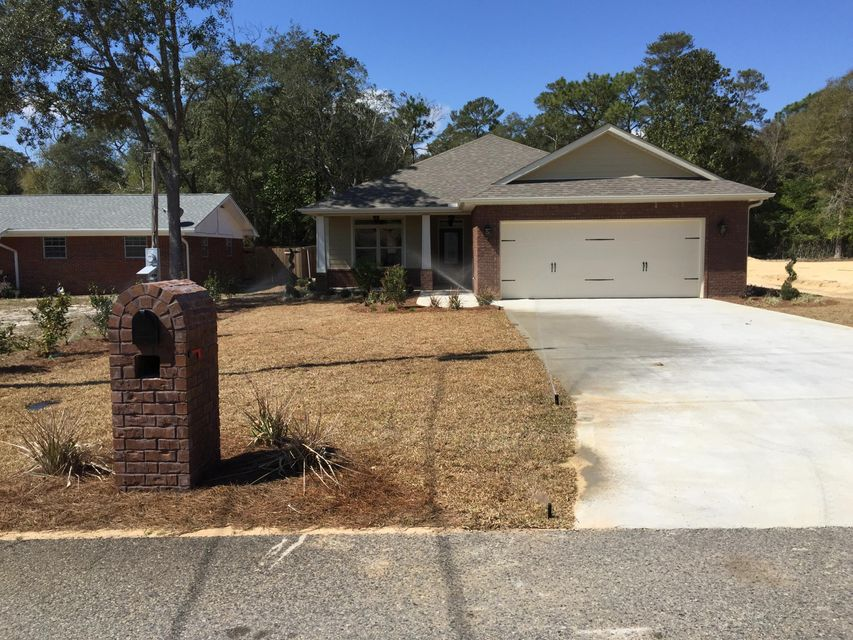 Photo of home for sale at 17 Willwall, Fort Walton Beach FL