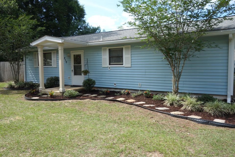 Photo of home for sale at 210 Tower, Pensacola FL