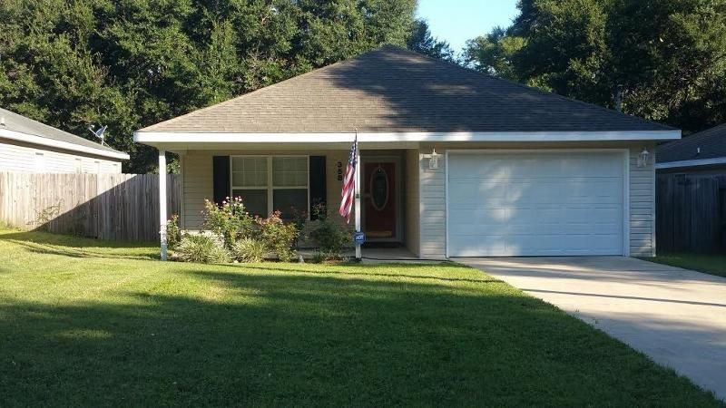 Photo of home for sale at 358 Bowers, Crestview FL