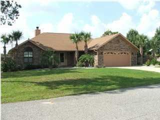 Photo of home for sale at 104 Loop, Crestview FL