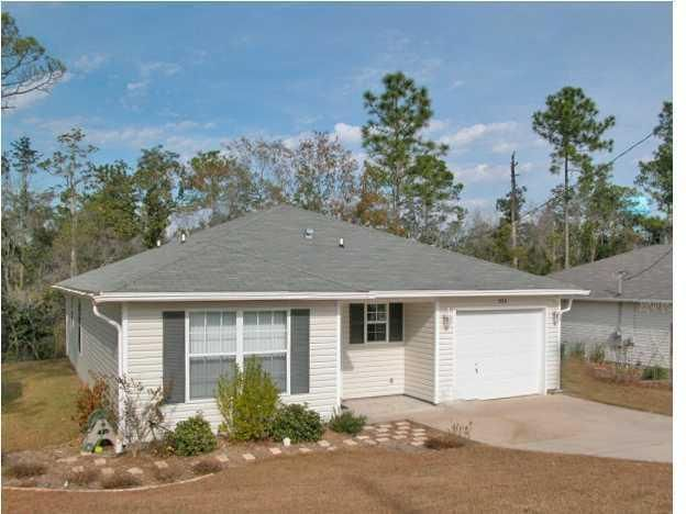 Photo of home for sale at 323 Apple, Crestview FL