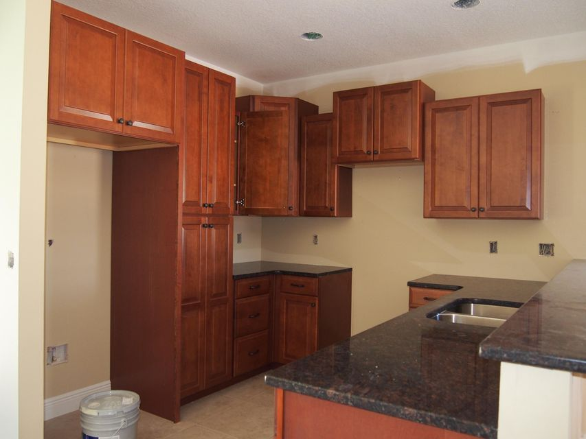 Photo of home for sale at 809 A Cardinal, Fort Walton Beach FL