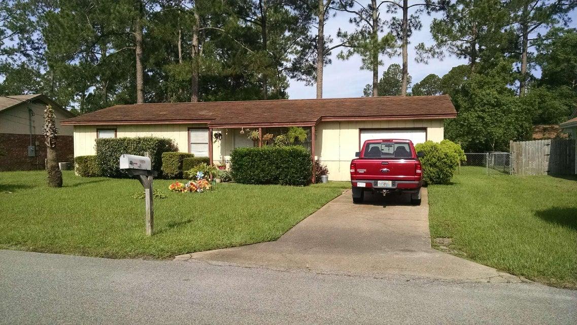Photo of home for sale at 1218 Thomason, Fort Walton Beach FL
