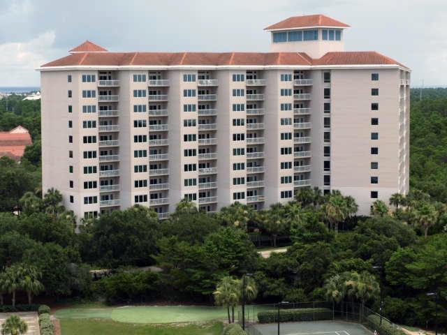 Photo of home for sale at 515 Tops'L Beach, Miramar Beach FL
