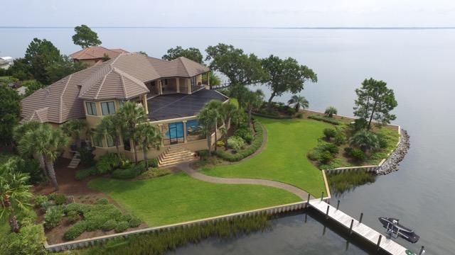 1806 Driftwood Point Road