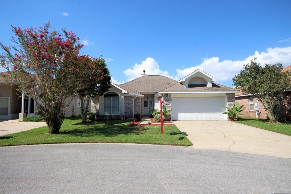 Photo of home for sale at 2907 Shalimar, Shalimar FL