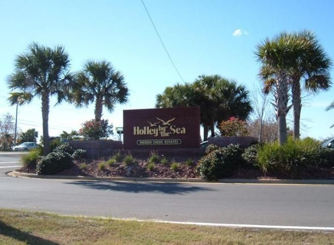 6660 Bluefish Road, Navarre, FL 32566