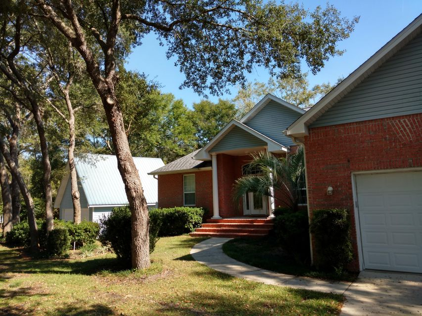 644 PHILLIPS Drive, Freeport, FL 32439