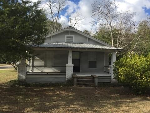 60 S 19TH Street, Defuniak Springs, FL 32435