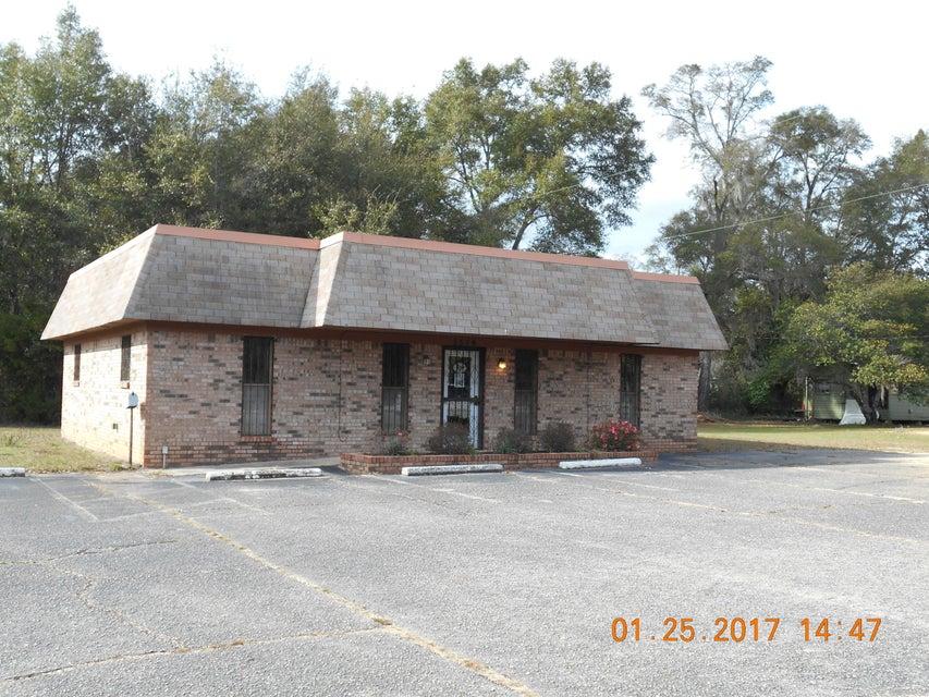 5579 Stewart Street, Milton, FL 32571