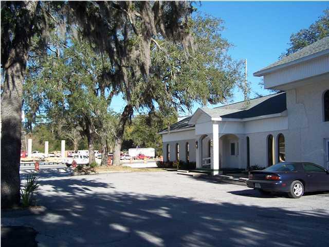 203 W JOHN SIMS M, Niceville, FL 32578