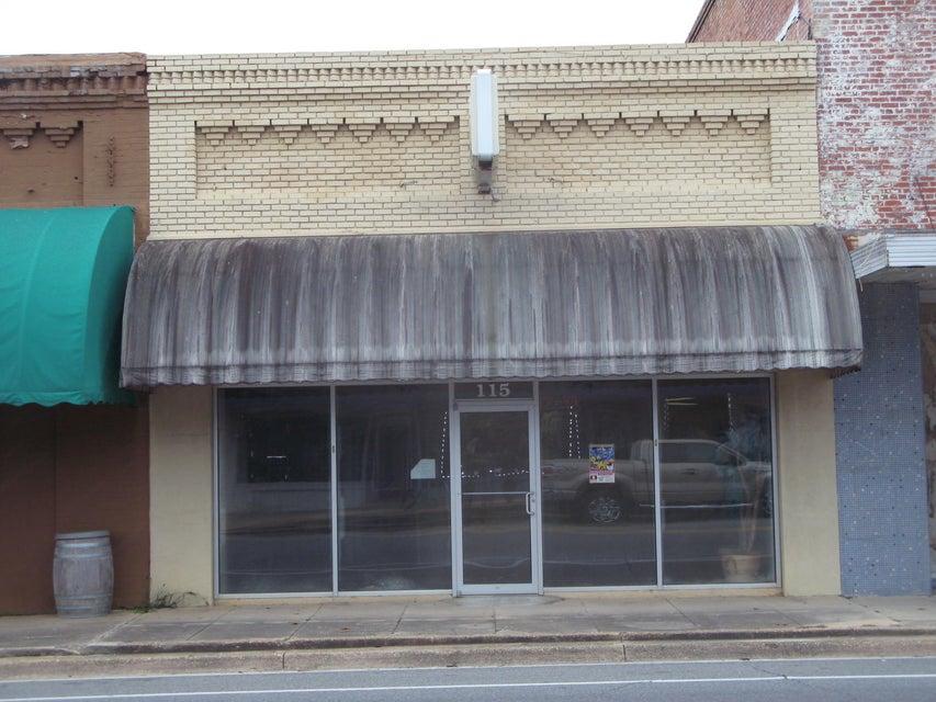 115 N Waukesha Street, Bonifay, FL 32425