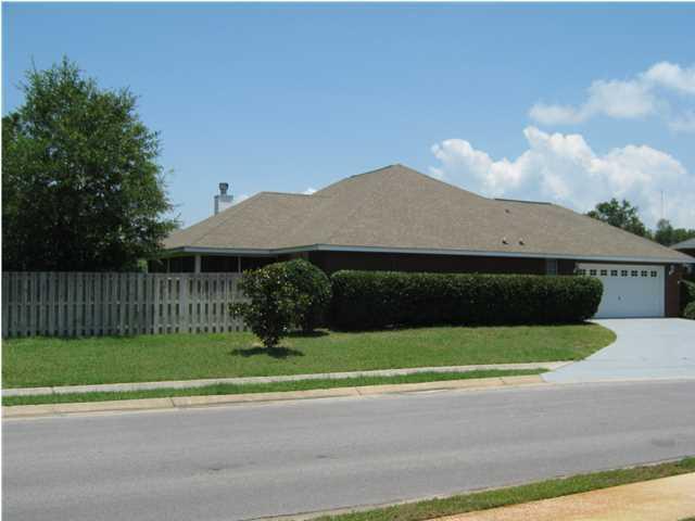 1607 Woodlawn Way, Gulf Breeze, FL 32563